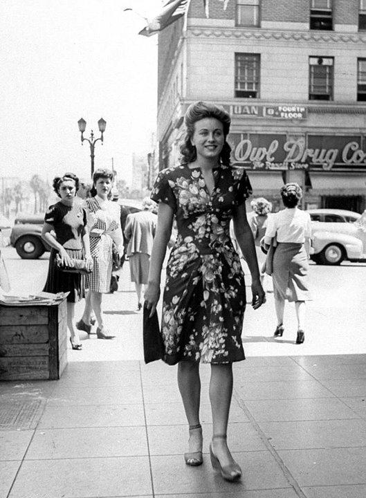 Hollywood amp; Vine, 1944 : Swing Fashionista