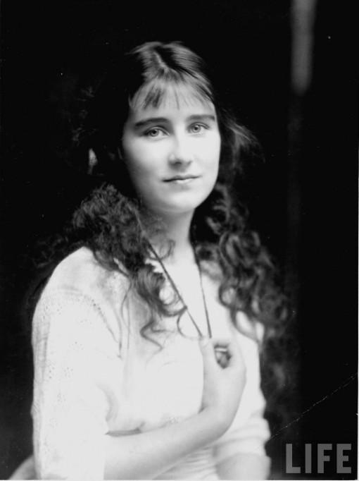 uk_20_21_bowes_lyon_elizabeth_1914